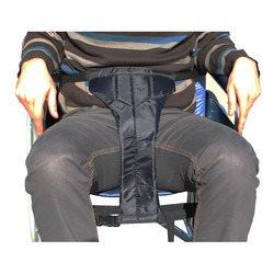 רצועה למניעת החלקה מכסא גלגלים