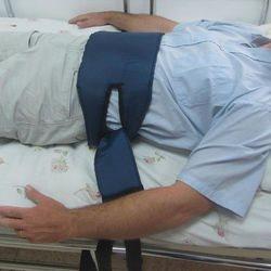 חגורת קשירה מרופדת למיטה