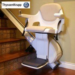 מעלון כיסא למדרגות ישרות לתוך בית