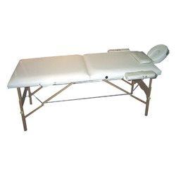 מיטת טיפולים ועיסוי מעץ