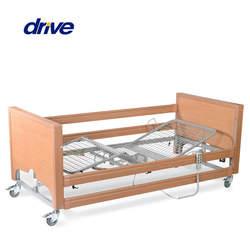 מיטה סיעודית חשמלית במראה קלאסי