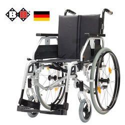כסא גלגלים משוכלל