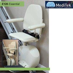 מעלון כסא למדרגות ישרות בתוך הבית
