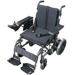 כסא גלגלים ממונע מתקפל